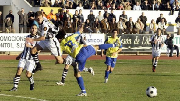Real Balompédica Linense 2-2 Cádiz CF