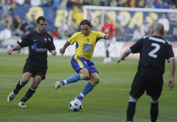 Cádiz CF 3 - 3 UD Marbella
